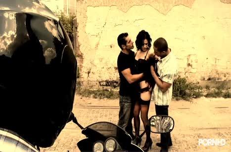 Скриншот Зачетное анальное порно с фигуристыми милахами №2871 1