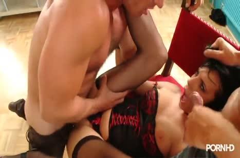 Зачетное анальное порно с фигуристыми милахами №2871