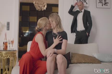 Скриншот Миленькие блондиночки классно вписываются в порнуху №3511 3