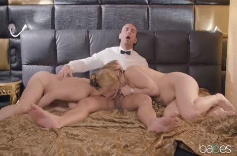 Скриншот Миленькие блондиночки классно вписываются в порнуху №3511 5