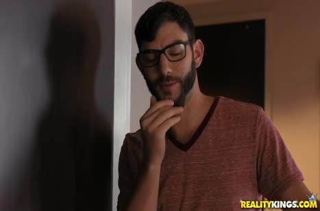 Скриншот Смачное порно видео с большими членами на телефон №4941 1