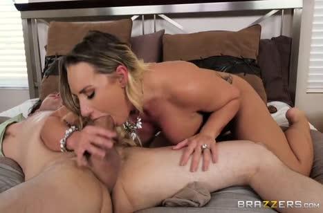 Скриншот Шикарное порно девочек с большими жопами №3920 бесплатно 4
