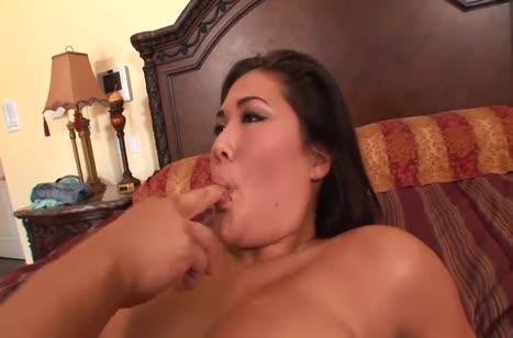 Девушку возбуждает секс перед любительской камерой №4114