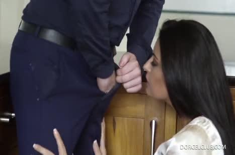 Скриншот Порно на телефон с грудастыми мамками №4243 бесплатно 1