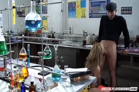 Скриншот Скачать порно видео с молодыми девушками №3388 3