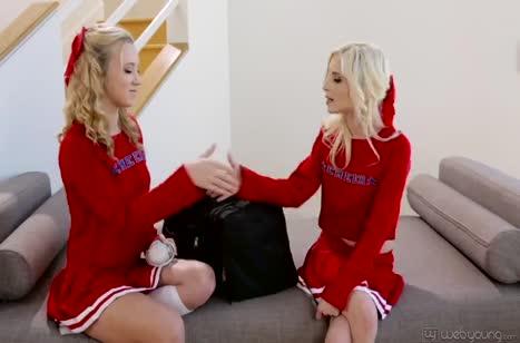 Скриншот Скачать порно видео с молодыми девушками №4466 1