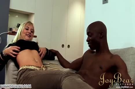 Развратное порно видео на телефон с неграми №2178