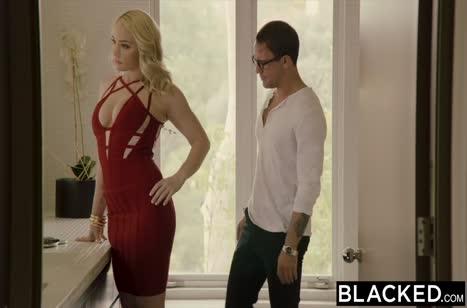 Скриншот Развратное порно видео на телефон с неграми №3885 1