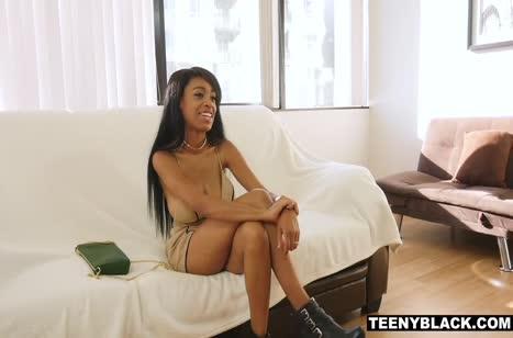 Скриншот Девочка пришла на собеседование через постель №4582 1