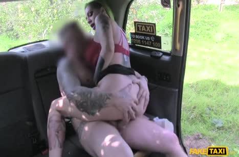 Скриншот Хорошенько отодрал деваху и от души кончил на нее №3782 5