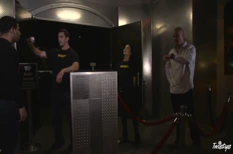 Скриншот Сотрудницу с классным телом отдрючили прямо в офисе №3477 1