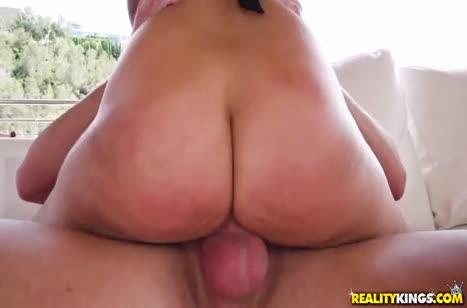 Скриншот Жесткая порнушка довела пошлую телочку до экстаза №4194 4