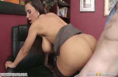 Скриншот Мощный трах с шикарной женщиной до оргазма №2448 4
