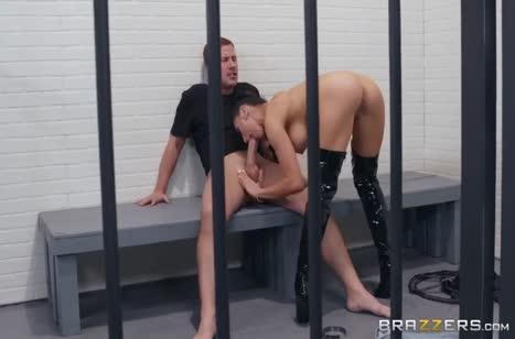 Скриншот Мощный трах с шикарной женщиной до оргазма №3622 3